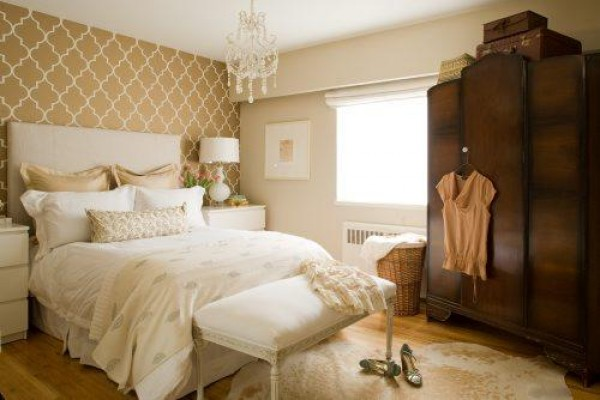 Smartly used neutral color palettes in the bedroom the for Wallpaper colors for bedroom